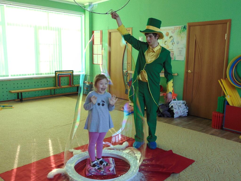 Детский праздник мыльных пузырей сценарий детский праздник в кафе чем развлеч детей